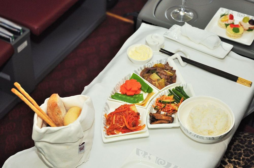 Hainan Airlines food and drinks