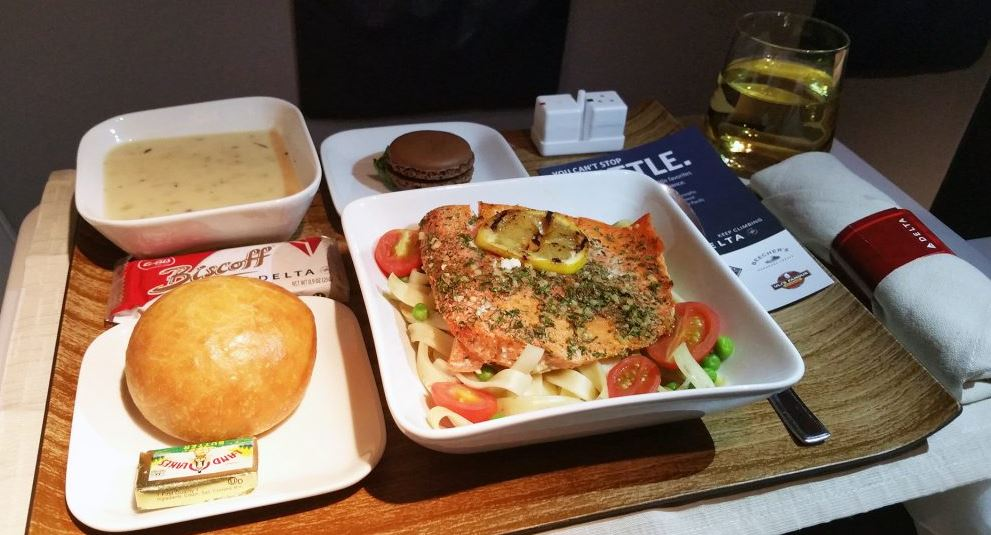 Delta Air Lines food and drinks