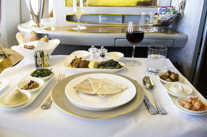 Emirates Airlines food and drinks