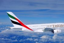 Emirates Buys 40 Boeing Dreamliners